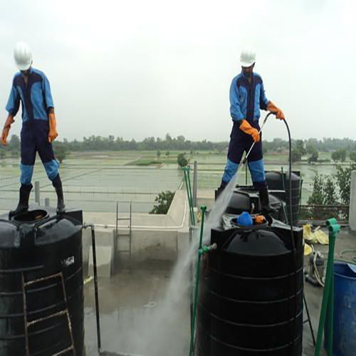 Residential-tank-cleaning